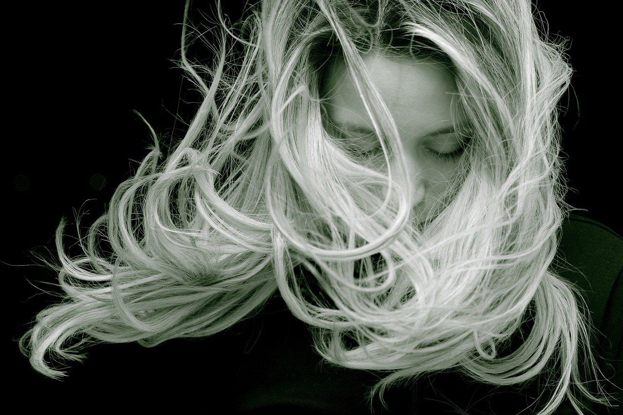 biotin na vlasy (vitamin b7)