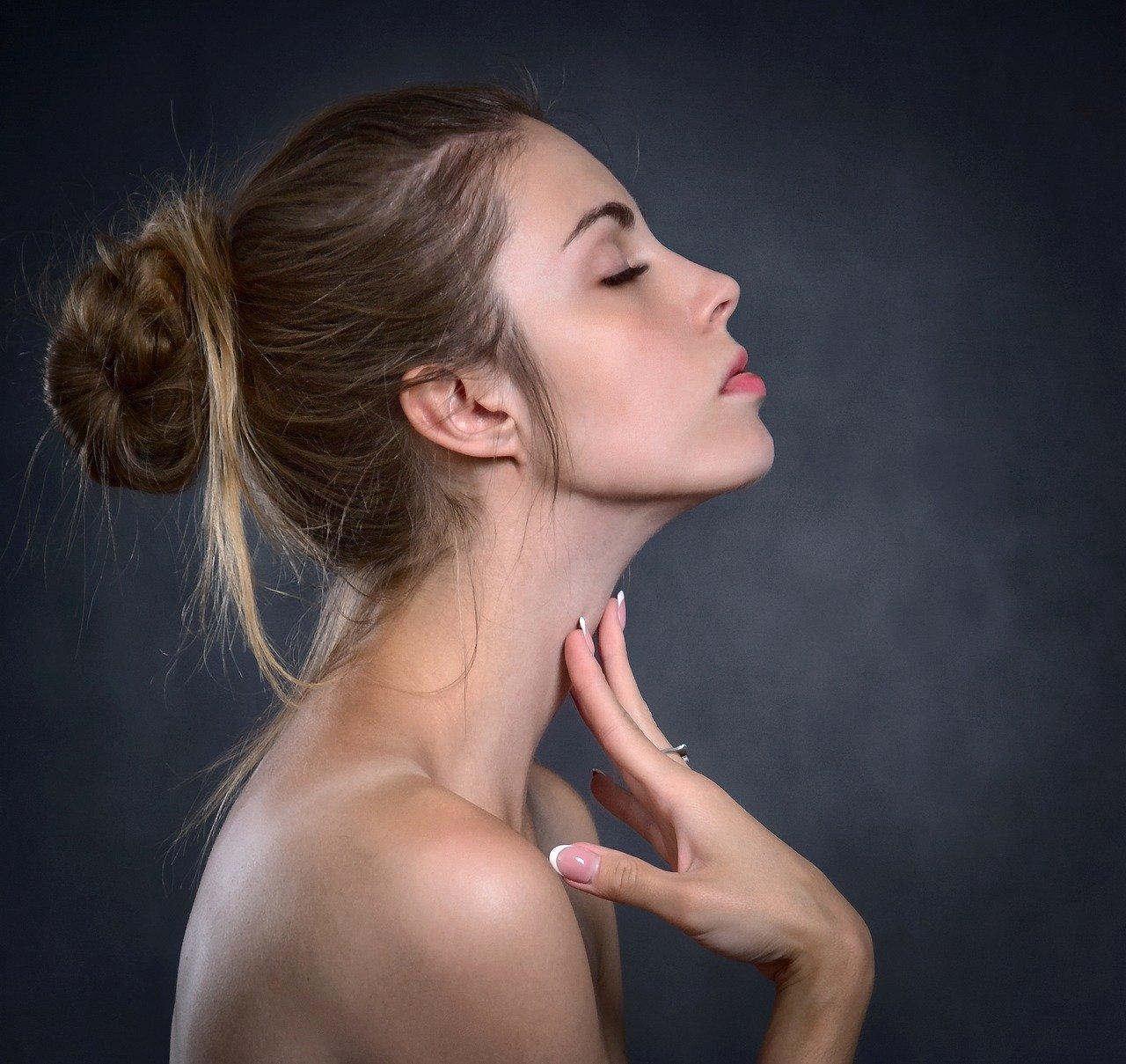 Methionin na vlasy nehty a pokožku