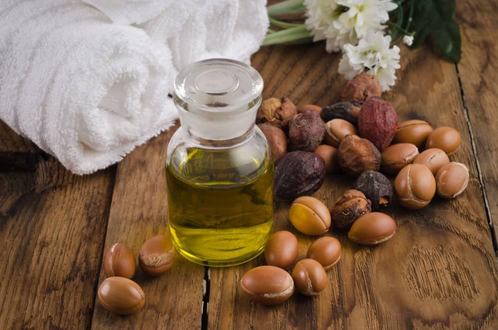 arganový olej na vlasy a pleť